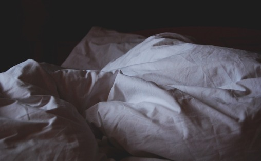 bed-linen-1149842_1920.jpg